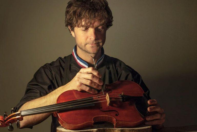 Luthier Lionel Enard Pau